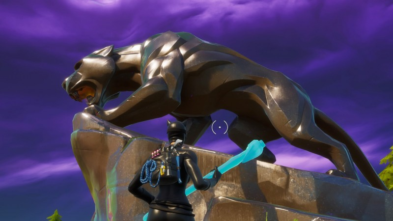 Fortnite Now Has A Black Panther Statue